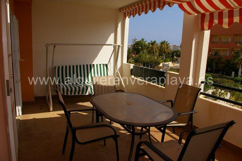 Alquiler de apartamento en Paraíso de Vera playa RA248