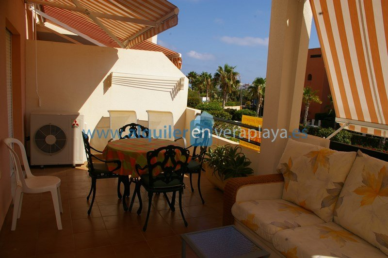 Alquiler de apartamento en Paraíso de Vera playa RA250