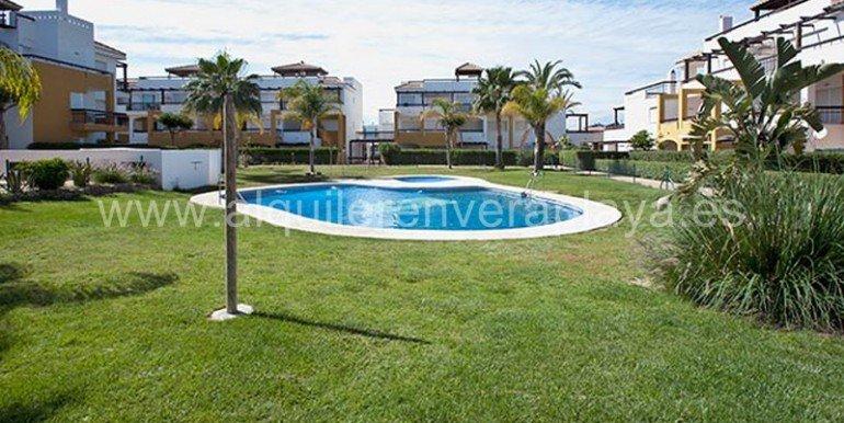 Alquiler_en_veraplaya_AlmeriaPISCINA_MG_0041