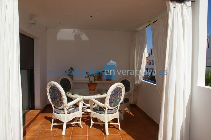 Alquiler de apartamento en urbanización Alborada RA374