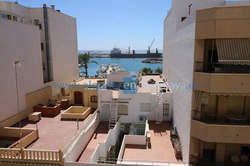 Alquiler de apartamento en Garrucha RA416