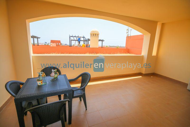 Alquiler de apartamento en Urbanización Paraíso de Vera playa RA464