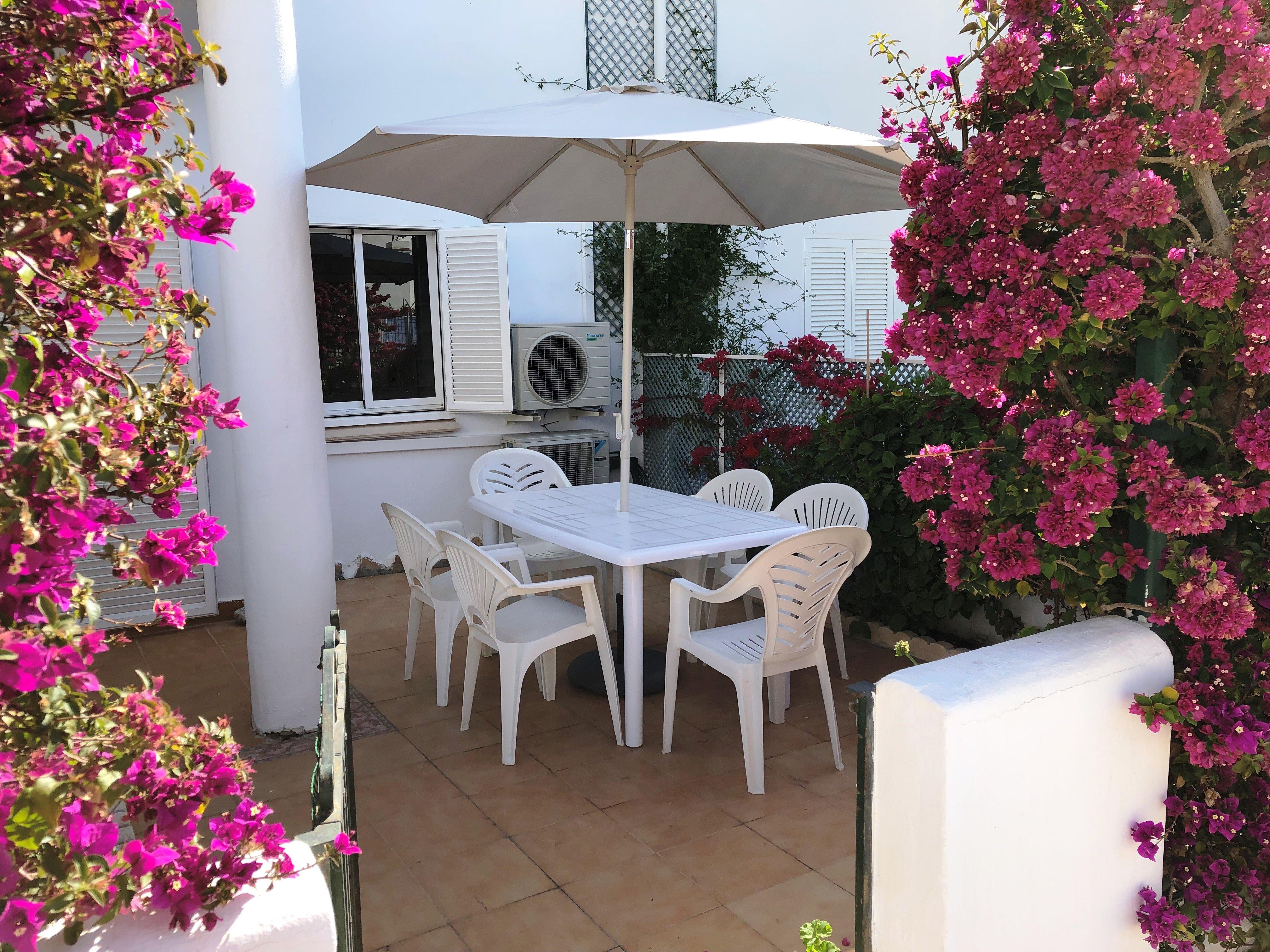 Apartamento de 2 dormitorios en La Medina, Vera playa RA436