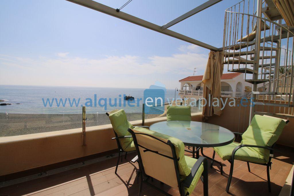 Alquiler de apartamento en primera línea en Villaricos, Cala Verde RA519