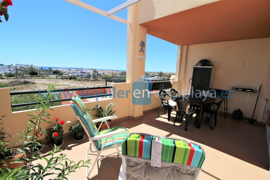 Alquiler de apartamento de 2 dormitorios en Paraíso playa, Vera playa RA524