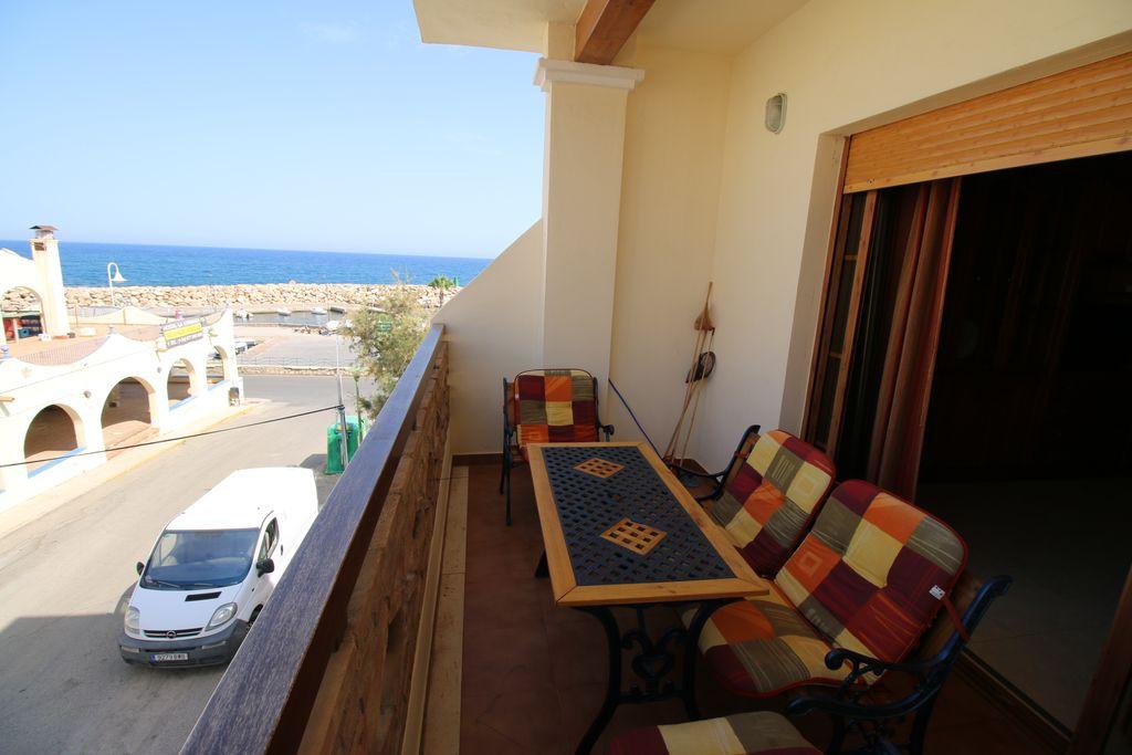 Alquiler de apartamento de 2 dormitorios en Villaricos RA530