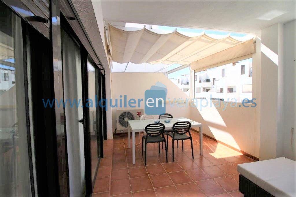 Alquiler de apartamento en urbanización Alborada RA531