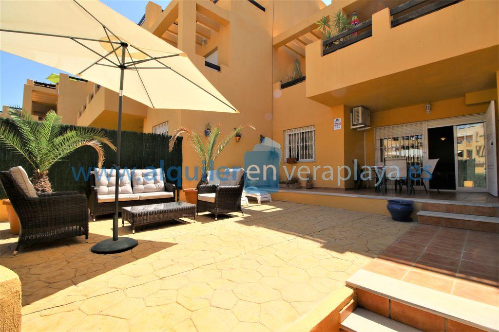 Alquiler de apartamento de 2 dormitorios en El Faro, Vera playa RA532