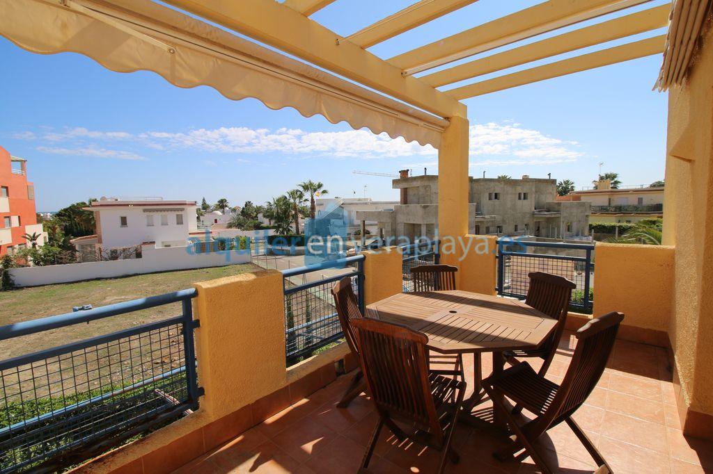 Alquiler de apartamento de 2 dormitorios en Puerto Rey  RA585