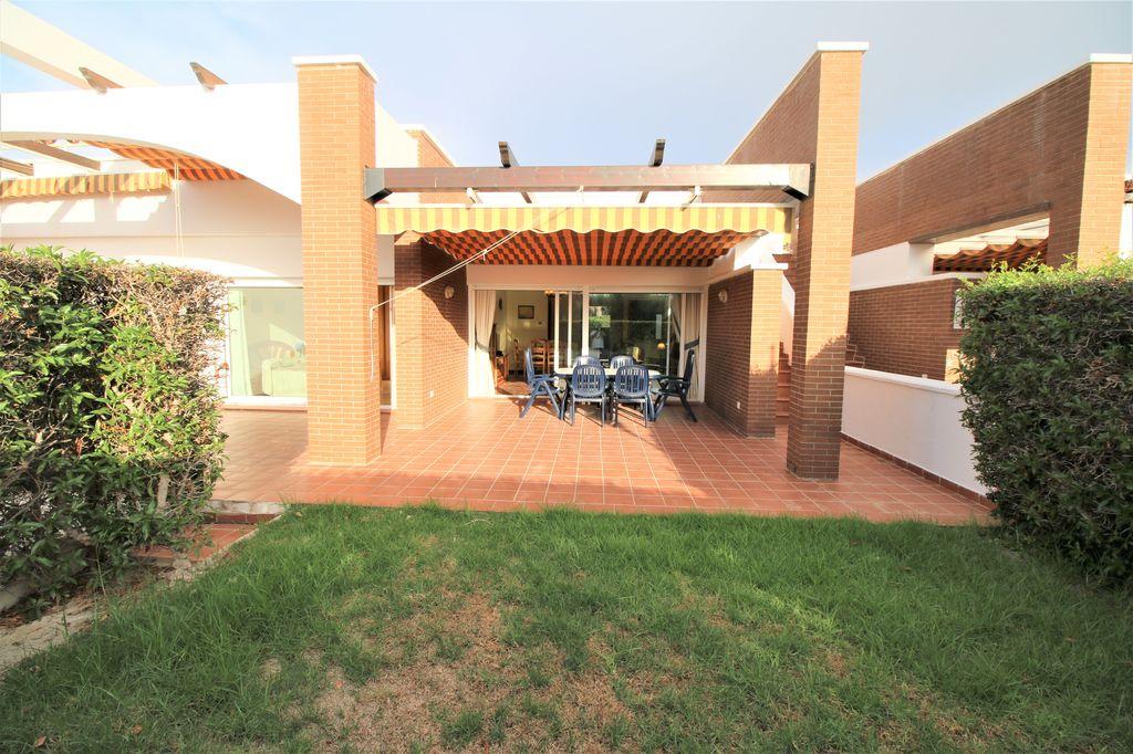 Alquiler de Pareado de 3 dormitorios en Mirador de Vera, Vera playa RA580