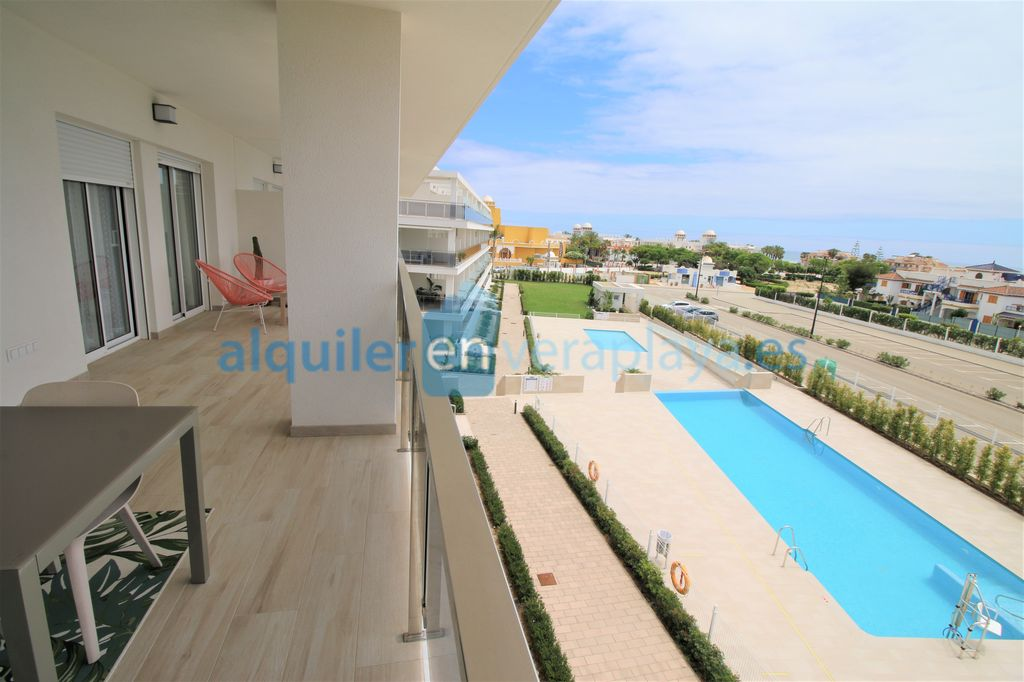 Alquiler de apartamento de 2 dormitorios en Magna Vera, Vera playa RA597